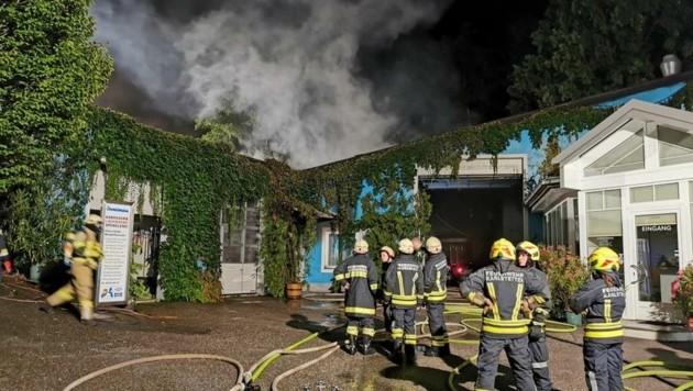 Die Feuerwehr Neidling organisierte den nächtlichen Einsatz (Bild: Feuerwehr)