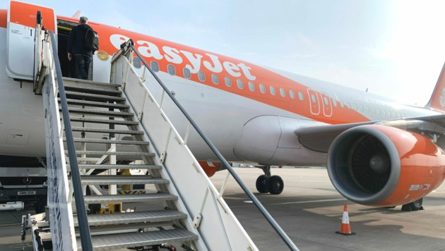 Billigflieger wie Wizz und easyJet heben nach der Corona-Pause wieder ab. (Bild: AFP)
