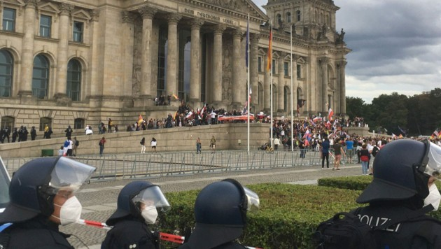 """Steinmeier: """"Angriff auf Herz unserer Demokratie"""""""