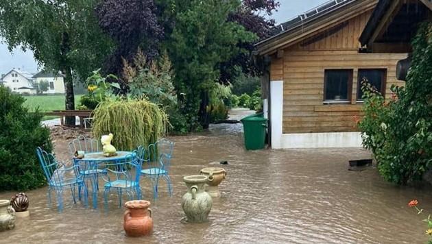 Auch dieser Garten blieb nicht vom Unwetter verschont. (Bild: FF Kötschach)