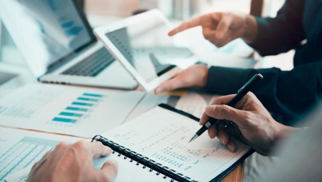 Die Investitionsprämie vom Staat soll die Wirtschaft ankurbeln und neue Jobs schaffen. (Bild: stock.adobe.com)
