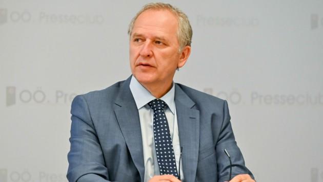 AMS-OÖ-Geschäftsführer Gerhard Straßer. (Bild: Harald Dostal)
