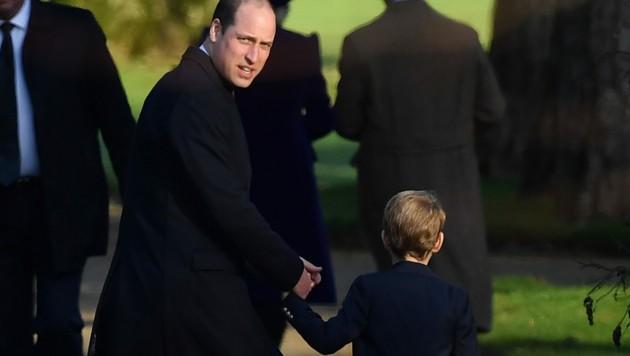 Prinz William mit Prinz George bei der traditionellen Weihnachtsmesse der Royals in Sandringham