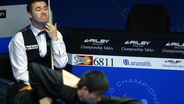 Stephen Hendry (links). (Bild: AFP)