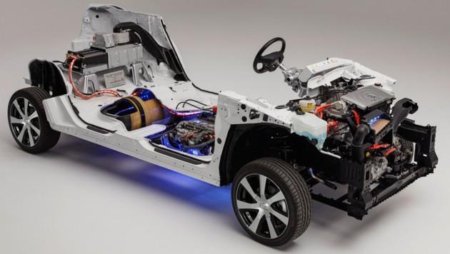 In einem Brennstoffzellen-Pkw wie dem Toyota Mirai steckt viel Technik (Bild: Toyota)