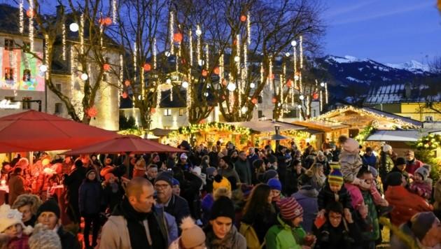 Heuer leider nicht: Dichtes Gedränge beim Weihnachtsmarkt. (Bild: © Kitzbühel Tourismus)