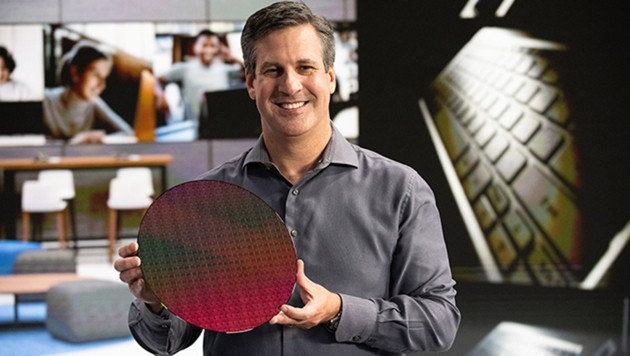 Intel-Manager Chris Walker präsentierte die neuen Mobilprozessoren der Öffentlichkeit.