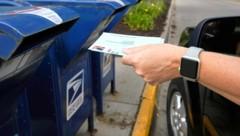 Die Bundesstaaten versenden bereits die Stimmzettel für die Briefwahl. Daher können Wähler bereits ihre Stimme per Post abgeben. (Bild: AP)