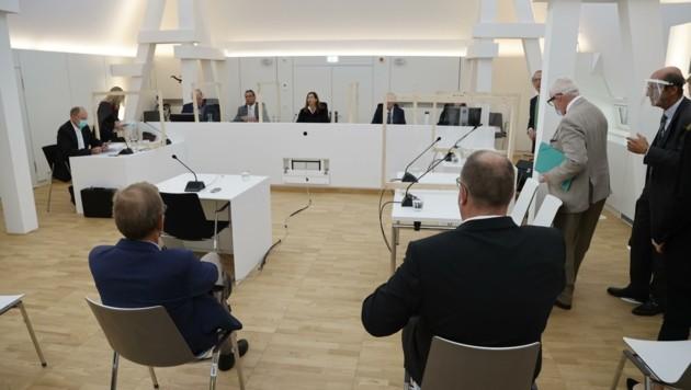 Die beiden angeklagten Ärzte mussten sich am Donnerstag vor Richterin Gabriele Glatz verantworten