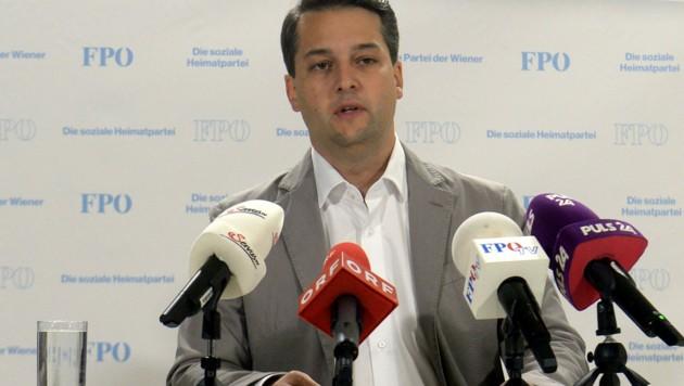 Der Wiener FPÖ-Spitzenkandidat Dominik Nepp (Bild: APA/HERBERT PFARRHOFER)