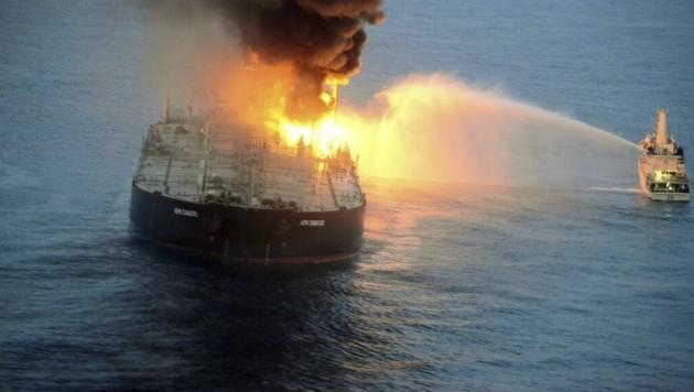 Die New Diamond war mit 270.000 Tonnen Rohöl und 1700 Tonnen Diesel an Board von Kuwait unterwegs nach Indien, als der Heizkessel etwa 60 Kilometer vor Sri Lankas Ostküste explodierte. (Bild: AFP)