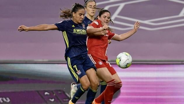 Sarah Zadrazil (re.) zieht bei Bayern München die Fäden. (Bild: Alvaro Barrientos)