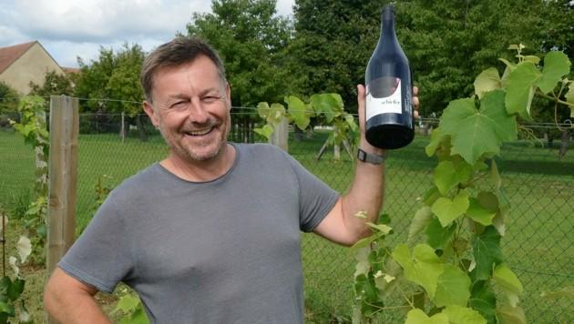 Genuss pur: Starwinzer Uwe Schiefer erntet für seine Editionen von Koryphäen in der Weinwelt höchstes Lob. (Bild: Weber Franz)