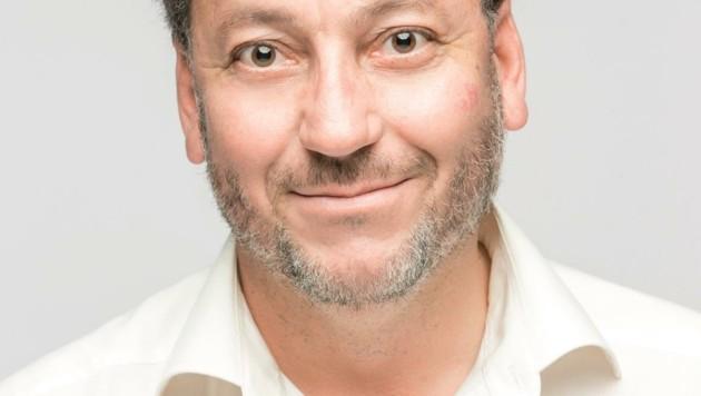 """Intendant Robert Pienz fährt mit den Produktionen """"auf Sicht"""": Die Komödie """"Die Niere"""" läuft bis 30.10. (Bild: Schauspielhaus Salzburg)"""