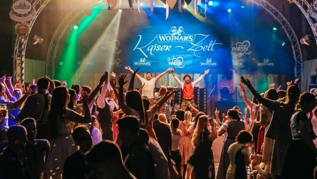 Wie letztes Jahr im Wojnar's Kaiser-Zelt wird euch 2:tages:bart heuer #dahoam so richtig einheizen! (Bild: Philipp Lipiarski / www.goodlifecrew.at)
