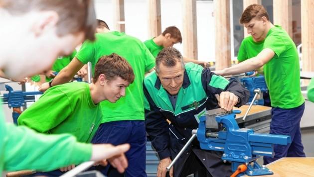 """Lehrlinge werden in Graz in """"grünen"""" Berufen ausgebildet (Bild: Energie Steiermark (Symbolbild))"""