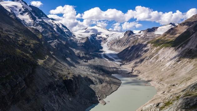 Die Pasterze am Fuße des Großglockners ist der größte Gletscher Österreichs und der längste der Ostalpen. Hier eine Aufnahme vom 21. August 2020. (Bild: APA/EXPA/ JOHANN GRODER)