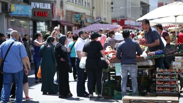 Integration: Der Ausländer-Anteil in Wien wächst, die Stadtpolitik muss darauf reagieren. (Bild: Tomschi Peter)
