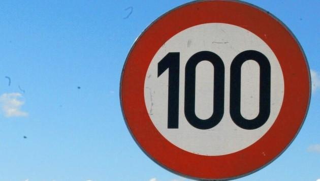 Tempo 100 (Bild: KRONEN ZEITUNG)