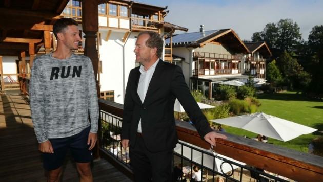 Auch der heimische Profispieler Dennis Novak ist im Kitzhof einquartiert. (Bild: Birbaumer Christof)
