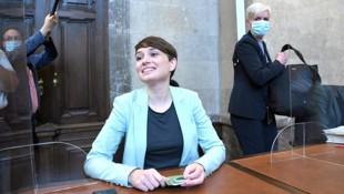 Die Grüne Klubobfrau Sigrid Maurer wird im Prozess als Beschuldigte geführt - der Wirt klagte wegen übler Nachrede. (Bild: APA/Roland Schlager)