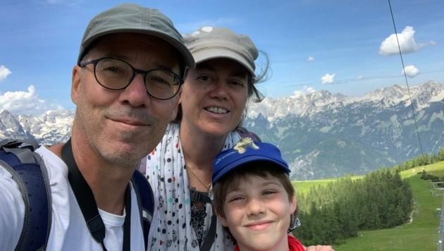 Elisabeth Leitner-Litzlbauer mit Ehemann Franz und Jakob (Bild: ZVG)