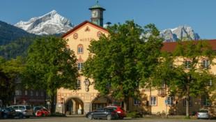 Rathausplatz in Garmisch (Bild: Juergen Richter / Lookphotos / picturedesk.com)
