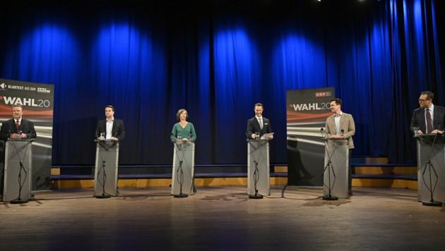Die Spitzenkandidaten der Wien-Wahl, von links: Bürgermeister Michael Ludwig (SPÖ), Dominik Nepp (ÖVP), Birgit Hebein (Grüne), Gernot Blümel (ÖVP), Christoph Wiederkehr (Neos), Heinz-Christian Strache (HC). (Bild: APA/HANS PUNZ)