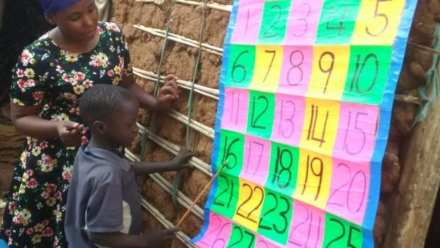 Damit die Kinder und Jugendlichen in dem Entwicklungsland langfristig profitieren, liegt der Fokus auf Schulbildung und Ausbildung.