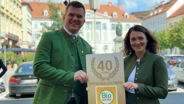 Thomas Gschier, Obmann von Bio Ernte Steiermark und Eva König aus Weißkirchen, seit 5 Jahren Bio-Bäuerin. (Bild: Christoph Hartner)