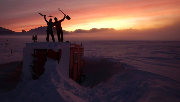 Erstmals seit Beginn der Corona-Krise starteten am Montag Forscher von Neuseeland aus in Richtung Antarktis. (Bild: AP)