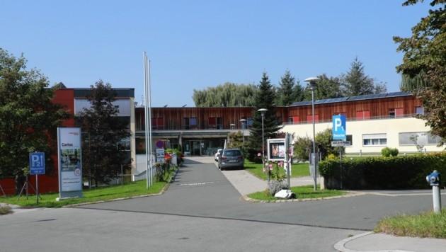In diesem Pflegewohnheim in Graz-St. Peter haben sich 42 Personen mit dem Virus infiziert. (Bild: Juergen Radspieler)