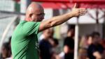 Denkt an Spielverschiebung: Obertrum-Coach Stevic (Bild: Kronenzeitung/Andreas Tröster)