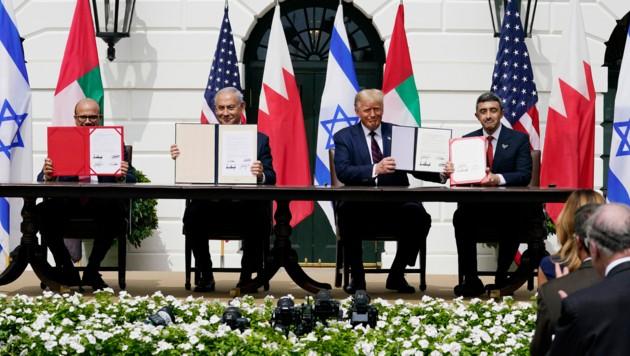 Israel schloss ein historisches Abkommen mit den Vereinigten Arabischen Emiraten und Bahrain ab. (Bild: AP)