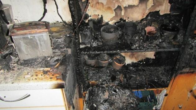 Küchenbrand in einem Grazer Mehrparteienhaus. (Bild: BF Graz)