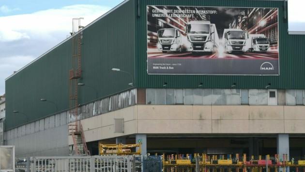 Das MAN-Werk im oberösterreichischen Steyr soll bis Ende 2023 komplett geschlossen werden. (Bild: APA/FOTOKERSCHI.AT/WERNER KERSCHBAUMMAYR)