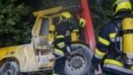 Der Gabelstapler musste von der Feuerwehr geborgen werden (Bild: BFVFB/C. Karner)