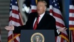 US-Präsident Donald Trump bei einem Wahlkampfauftritt im Bundesstaat Wisconsin (Bild: AP)