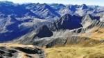 Blick vom Gipfel nach Süden bzw. Südwesten. (Bild: Peter Freiberger)
