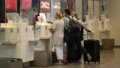 Lufthansa-Passagiere werden künftig nicht mehr von Austrian-Mitarbeitern abgefertigt (Bild: Tröster Andreas)