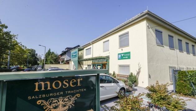 Ganz verschwinden wird Moser nicht: Auch im neuen Bau wird es ein Geschäft geben. (Bild: Tschepp Markus)