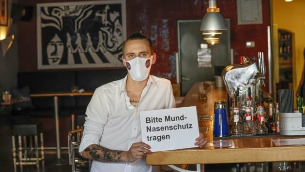 Kevin Entfellner hat die Regeln in seiner Bar verschärft. (Bild: Tschepp Markus)