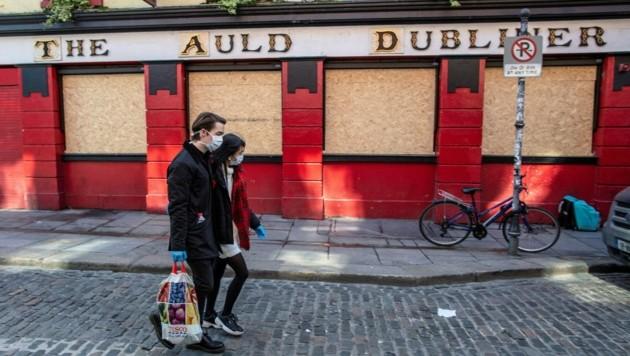 Ein geschlossenes Pub in Irland (Archivbild) (Bild: AFP)