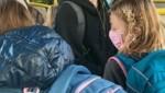 Alle Plätze belegt, viele Kinder müssen stehen (Bild: ZVG)