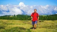 Wandern auf der Saualpe heißt wandern auf wunderschönen Almen mit toller Aussicht - und teils auch hoch über den Wolken. (Bild: Wallner Hannes)
