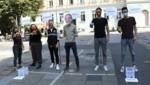 Stich und Schmid (re.) bei der Aktion am Tummelplatz Graz. (Bild: Christian Jauschowetz)