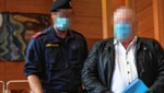 Der Angeklagte vor Gericht (Bild: zeitungsfoto.at/Daniel Liebl, krone.at)