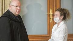 Verteidiger Kurt Jelinek mit der angeklagten Petronela T. (31) (Bild: Gerhard Bartel)