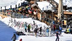 Die Regierung verkündete am Donnerstag ihr Konzept für einen sicheren Wintertourismus. (Bild: APA/BARBARA GINDL)