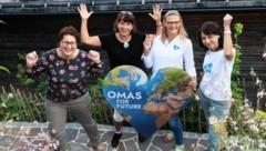 Die Omas for Future: Karin Wolf, Margaretha Schuster, Christine Weiss und Doris Zwinger (Bild: © Elmar Gubisch)